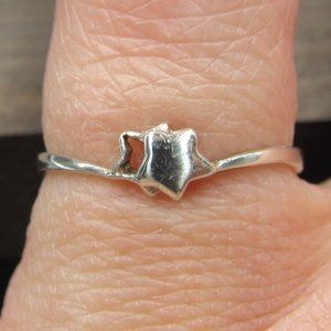 Size 5.75 Sterling Dainty Double Odd Star Band